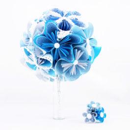 Bouquet mariage origami bleu et accessoire cheveux de cérémonie assorti