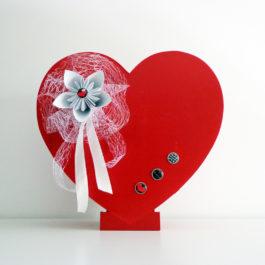 Urne cœur bois rouge