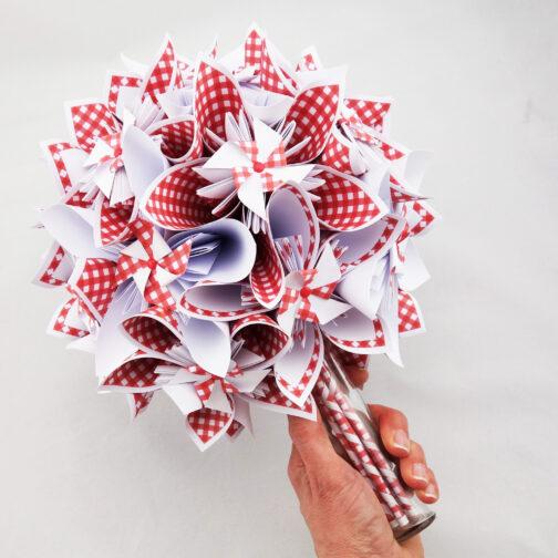 bouquet mariee rouge et blanc champetre